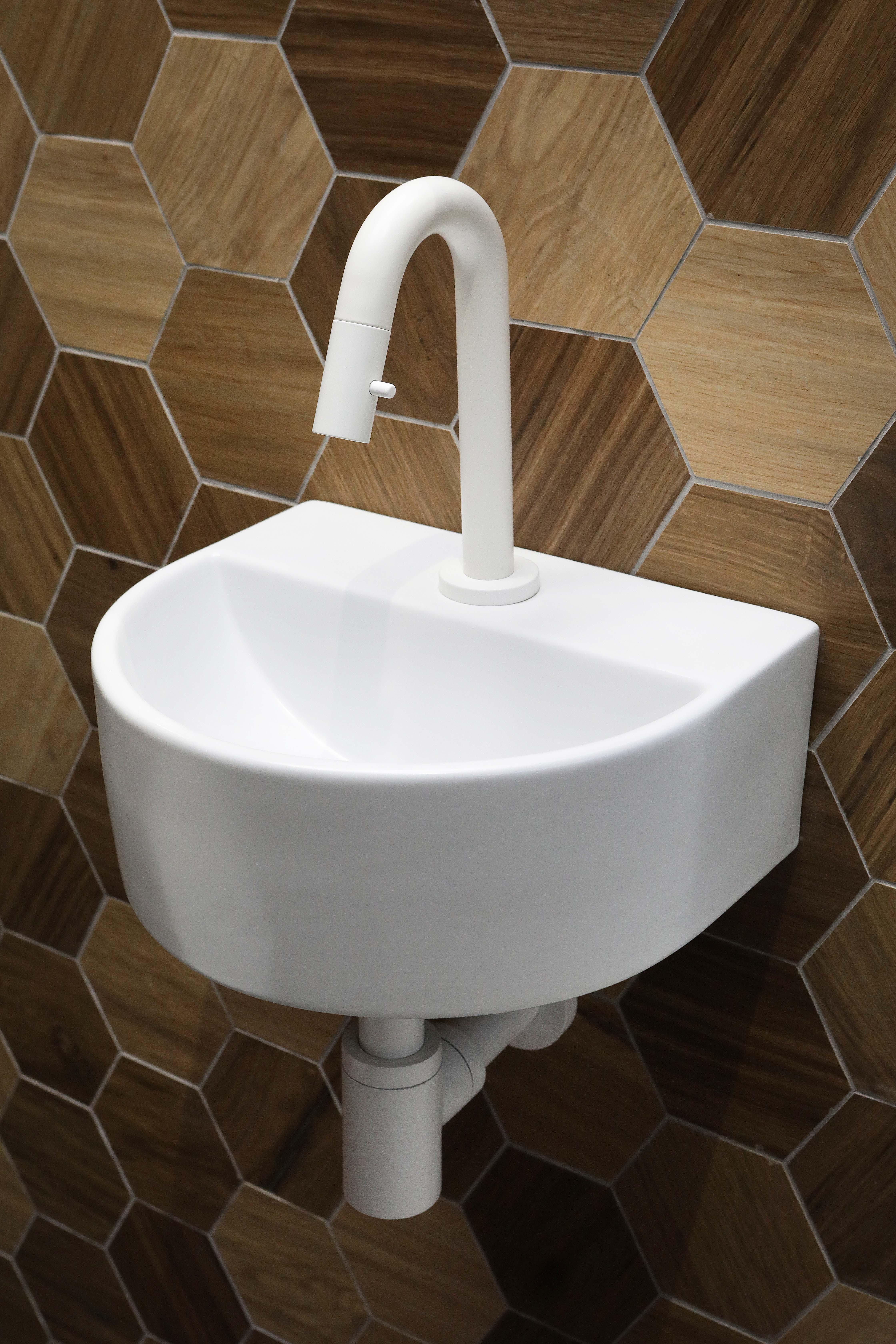 Luca Sanitair half rond fontein met kraangat 30,5 x 25 x 12 cm, mat wit