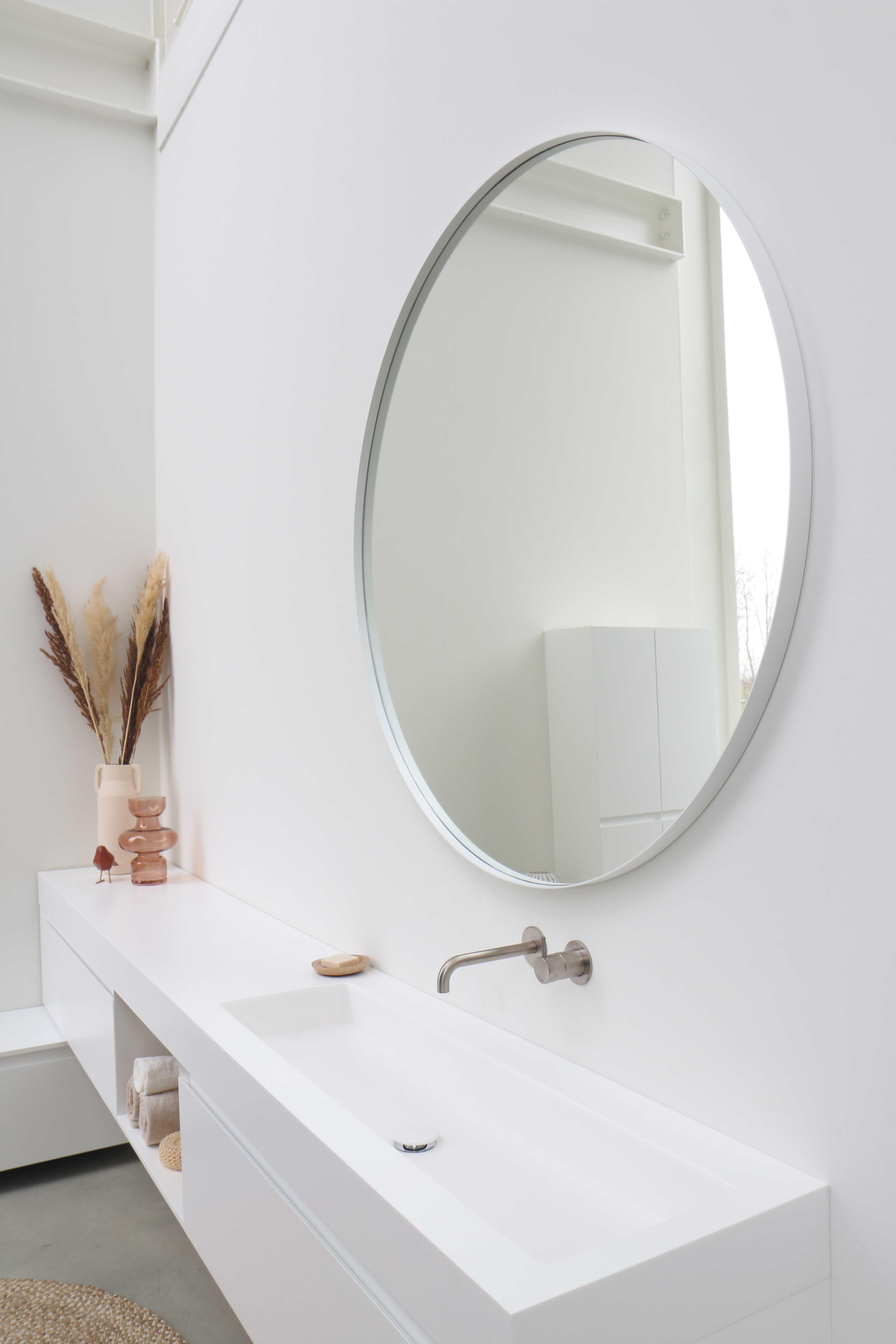 Ink spiegel verzonken in kader rond 60 cm, aluminium, mat wit